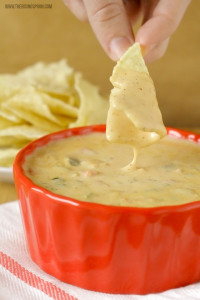 queso-dip-recipe-with-real-food-ingredients